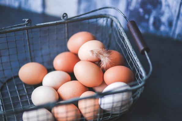 ägg påskpyssel